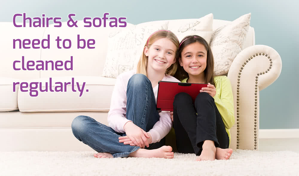 Upholstery cleaning for the whole family - children next to couch